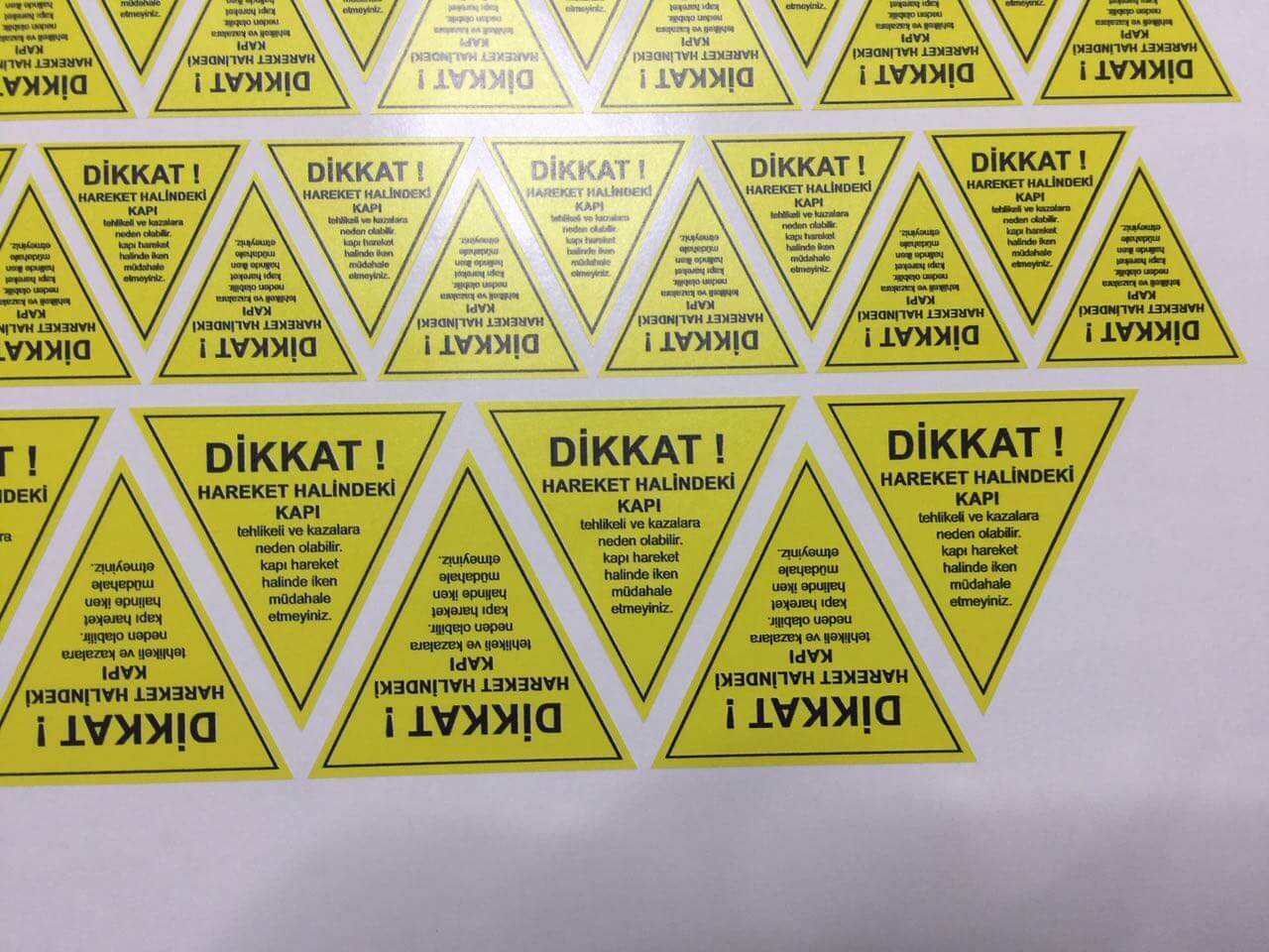 Uyarı Etiket Kesim