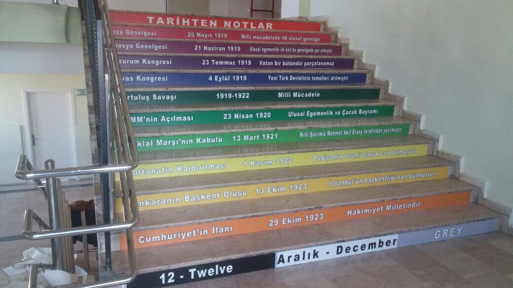 okul merdiven giydirme