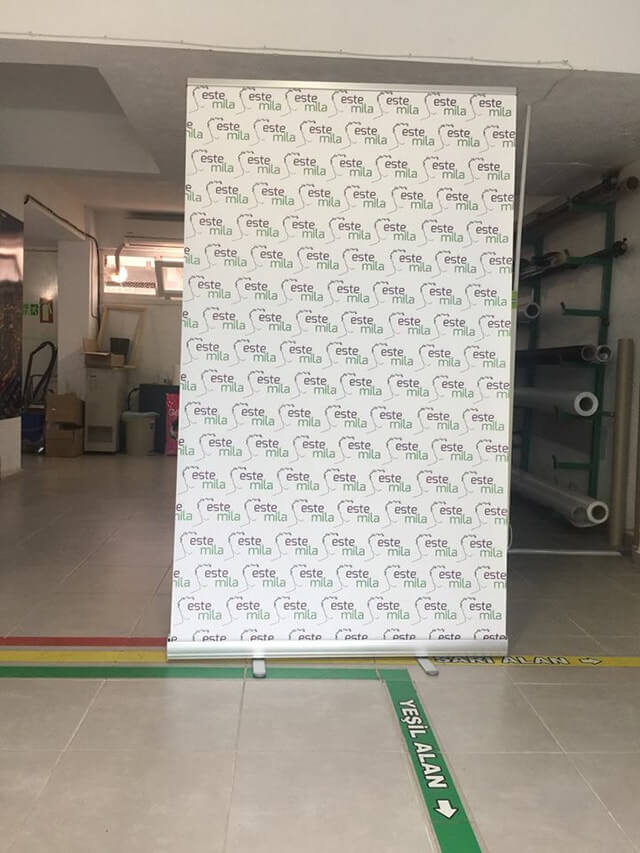 Rollup Banner 120x200