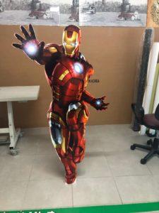 Iron Man Ayaklı Maket Adam