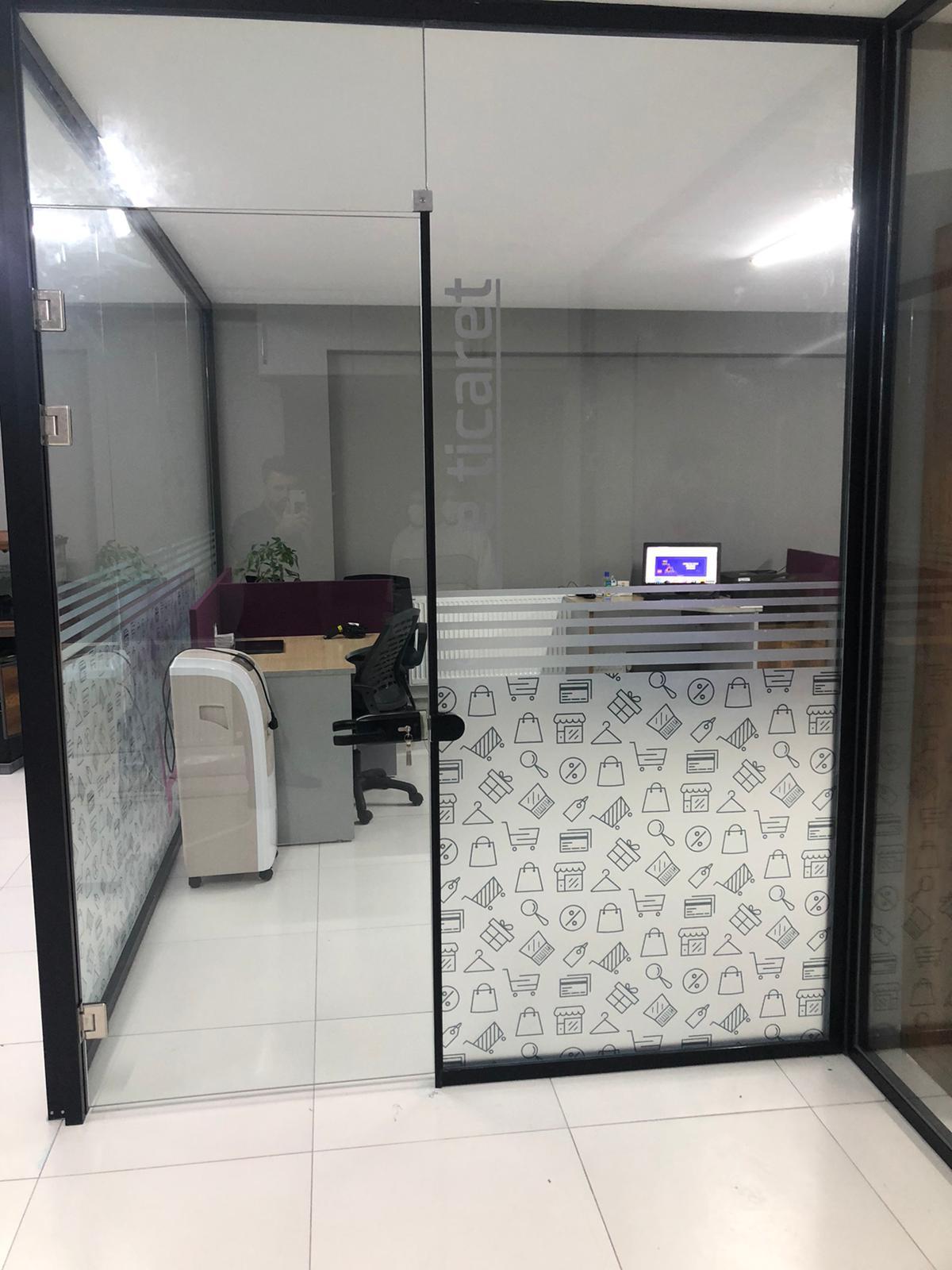 Ofis Dekor Cam Kaplama