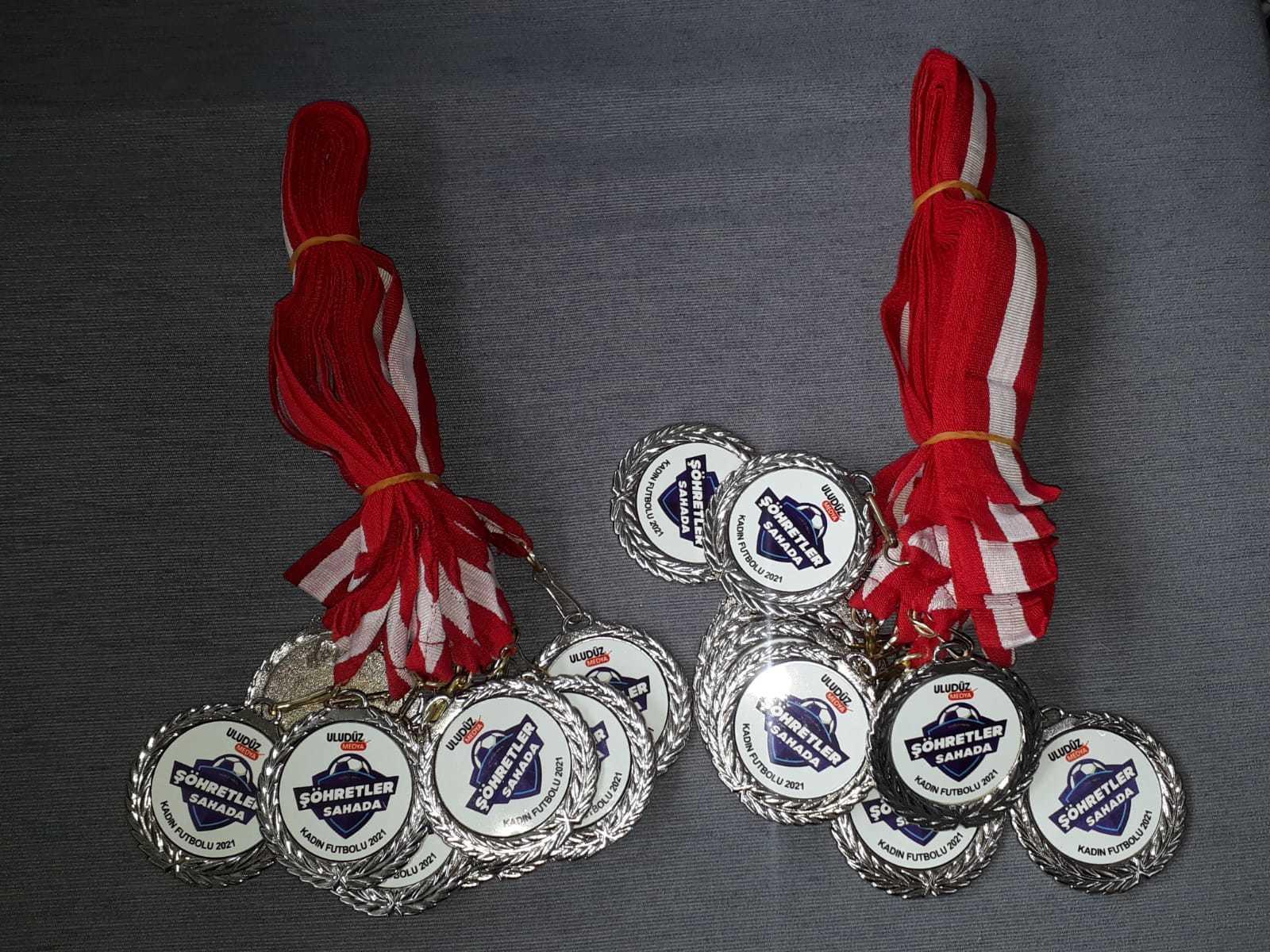 Madalyon Baskılı Gümüş