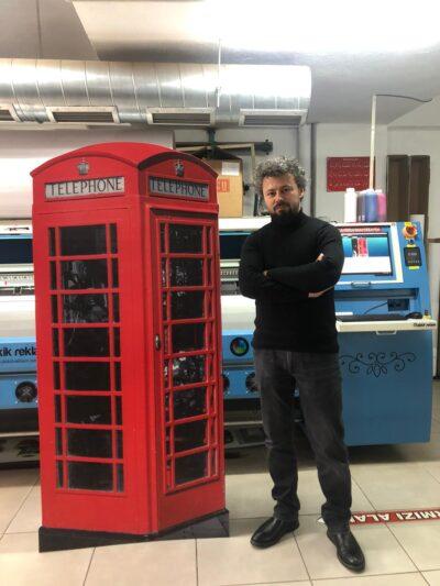 Londra kırmızı telefon kulübesi